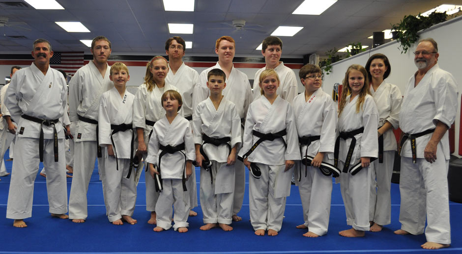 black-belt-graduation-2012-11-17_00