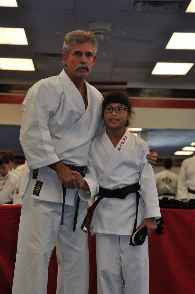 black-belt-graduation-2015-10-03_010